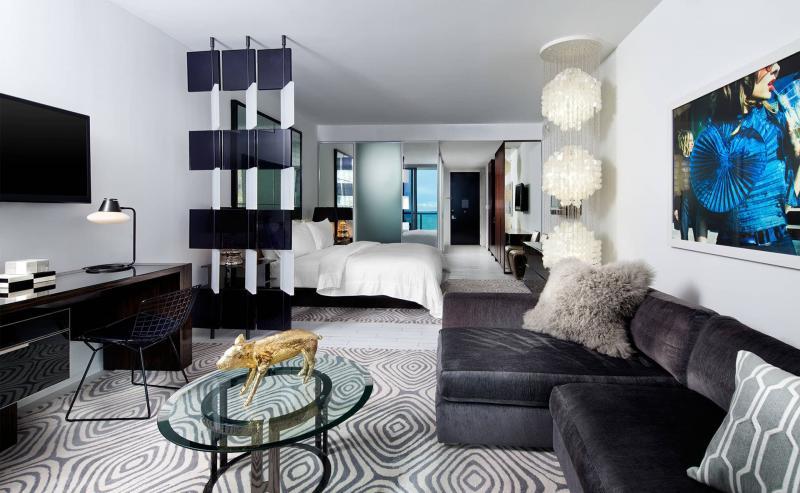 18 м² гостиная 18 м² с кроватью 1